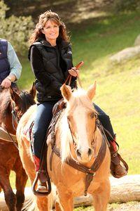 Sarah_horseback