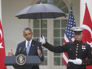 Obama_marine